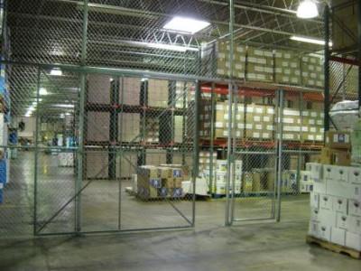 Промышленное ограждение из сетки